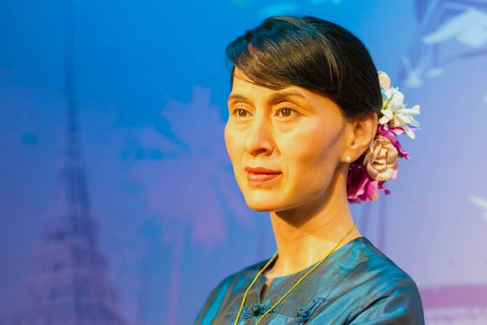 Critical Obstacles Aung San Suu Kyi Will Face Implementing Reform Agenda