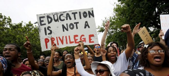 South African students pressure mining sector to fund free tuition 2