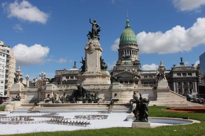 Weak Opposition Keeps Argentina's Economic Transformation Alive