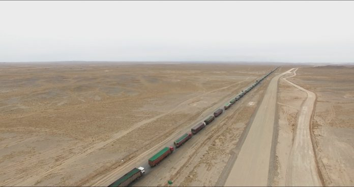 World's Longest Traffic Jam Points to Mongolia Recovery 1