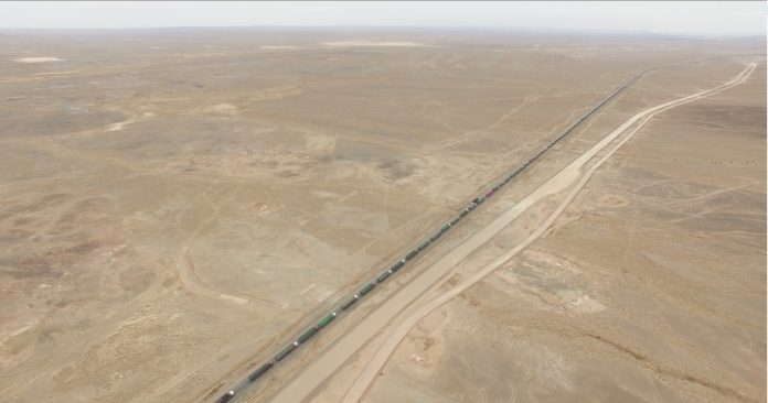 World's Longest Traffic Jam Points to Mongolia Recovery 4