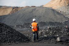 China's Ban on North Korean Coal Supplies Is A Silver Lining for Mongolia 2